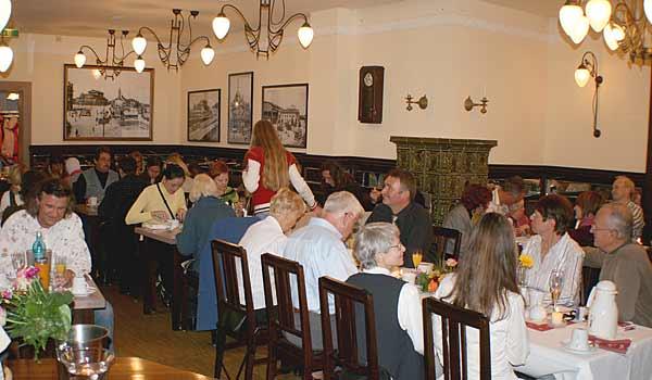 Das DVB Traditionszimmer in unserem Restaurant für Feiern und Events in Dresden