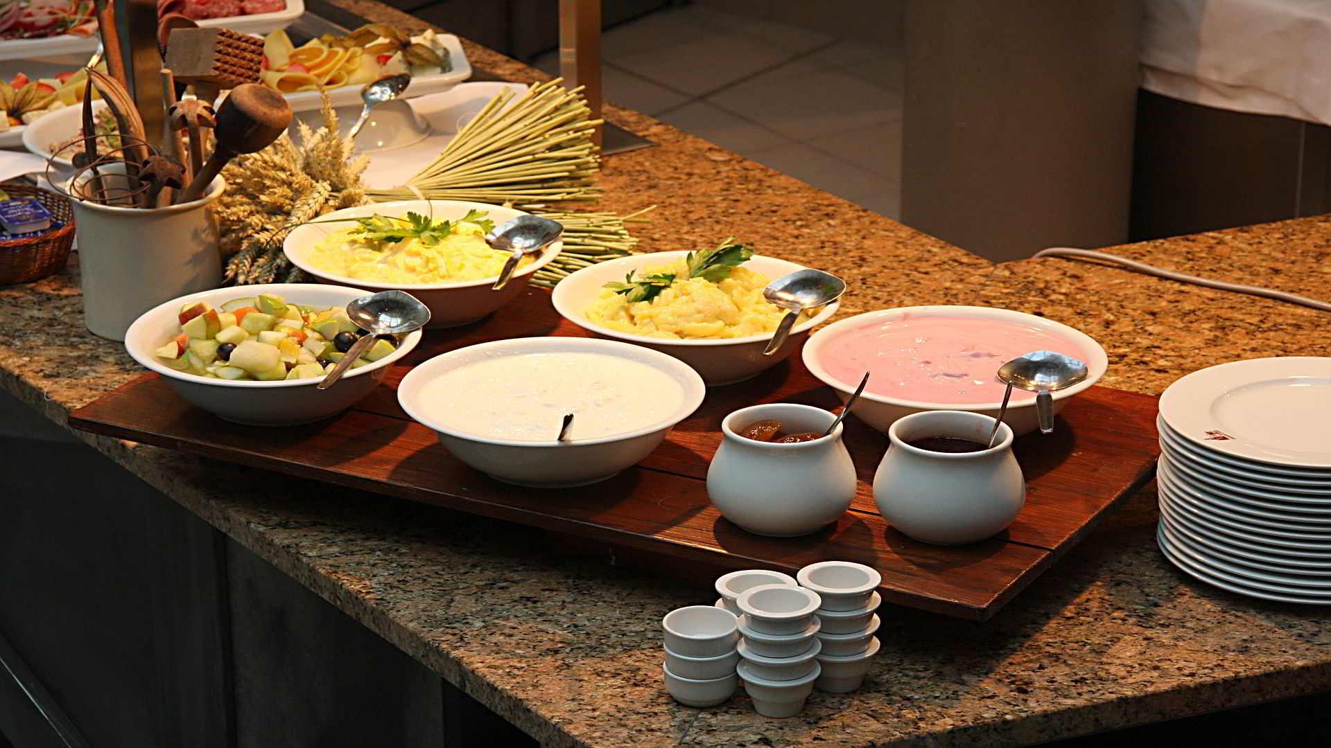 Frühstück im DRESDEN 1900